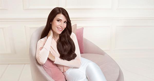 Gliss, serum deep repair serisini marka elçisi Selma Ergeç ile duyurdu